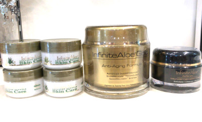 [PROMO] 4 InfiniteAloe Skin Care + 1 InfiniteAloe Gold (188gr) + 1 InfiniteAloe RX RENEW microdermabrasion (48gr)